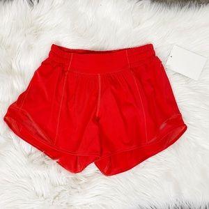"""Lululemon Hotty Hot 2 Tall 4.5"""" Orange Shorts"""